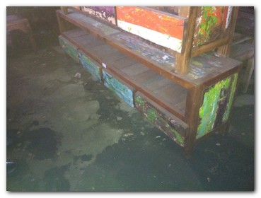 recycled-fishing-boat-furniture-1