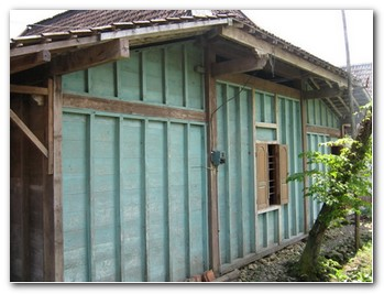 bali-wooden-houses-3