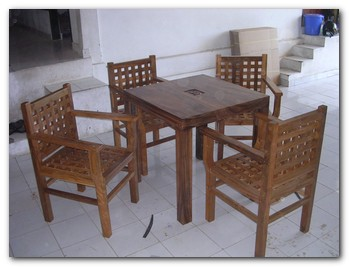 bali-custom-furniture-9