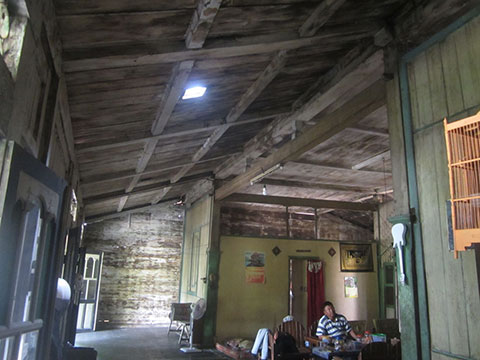buy good quality traditional joglo house in bali 1