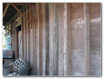 bali-wooden-houses-4